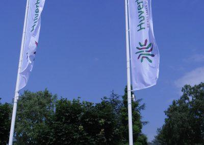 huverba-vlaggenmast-vlag-baniervlaggen-standaard-formaat-rvmreclame