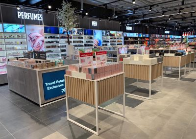 rvmreclame_B&S_eindhoven_airport_WSB_rvmretail 1